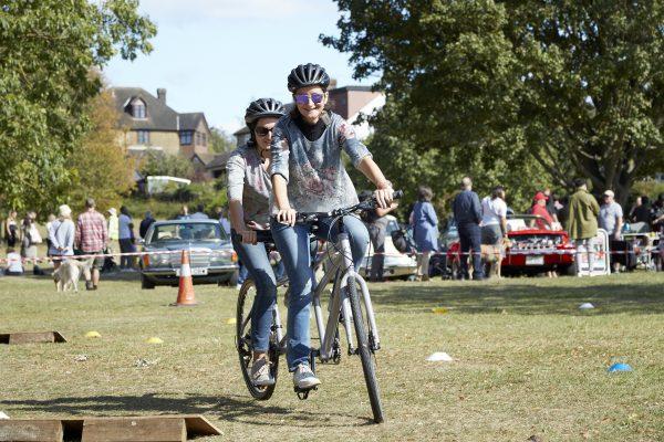 19.09.09 Heales Cycles PP0107