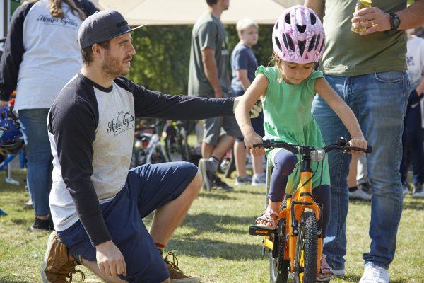 19.09.09 Heales Cycles PP0134