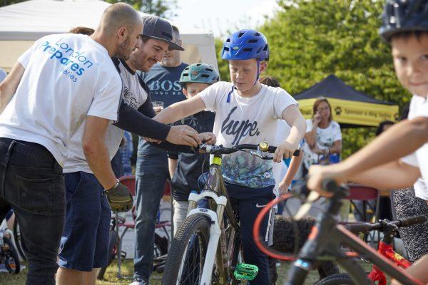 19.09.09 Heales Cycles PP0143