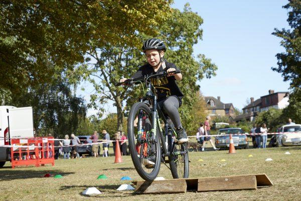 19.09.09 Heales Cycles PP0151