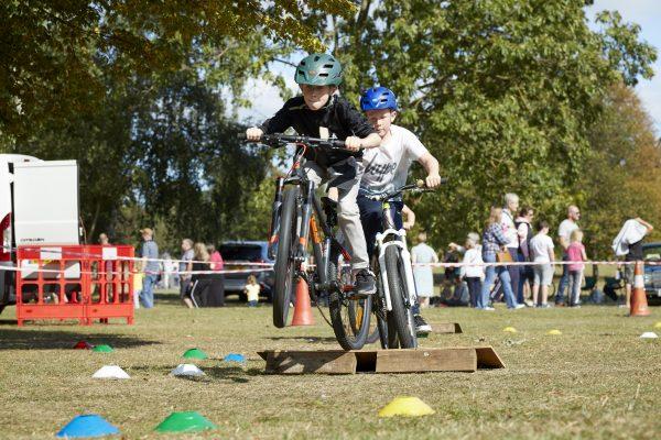 19.09.09 Heales Cycles PP0165