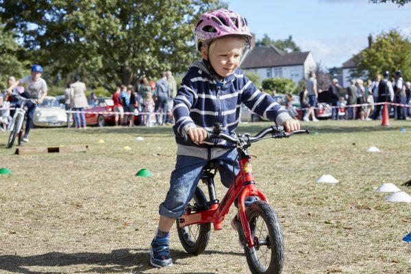 19.09.09 Heales Cycles PP0174